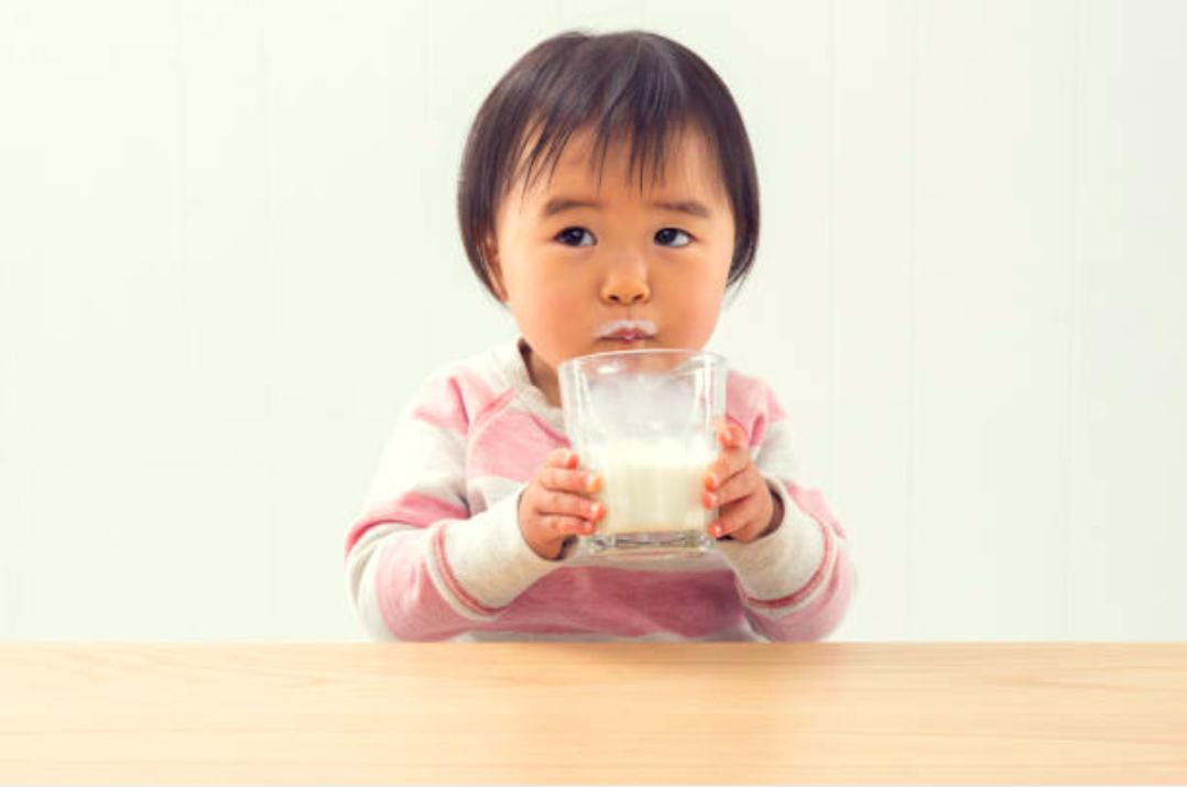 7 Rekomendasi Susu UHT untuk Anak Usia 1 Tahun